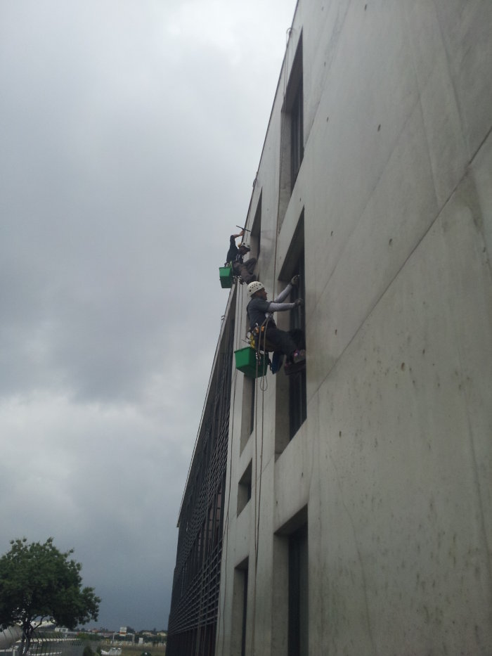 Cordistes montpellier travaux en hauteur sur cordes for Chambre de commerce montpellier