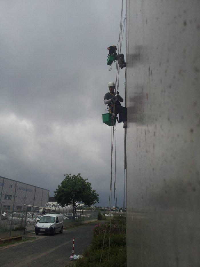 Cordistes travaux en hauteur sur cordes nettoyage for Chambre de commerce de montpellier