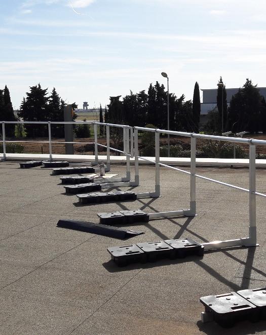 Cordistes travaux en hauteur sur cordes s curit for Pose de garde corps