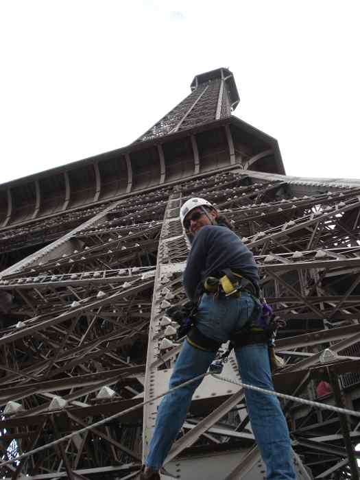 Intervention sur la Tour Eiffel